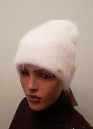 Стильная шапка ангора 56-58 белая