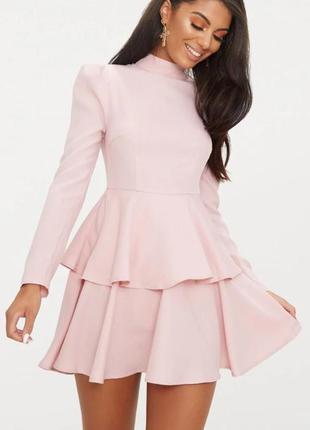 Платье длинный рукав под горло пудровое двойная юбка