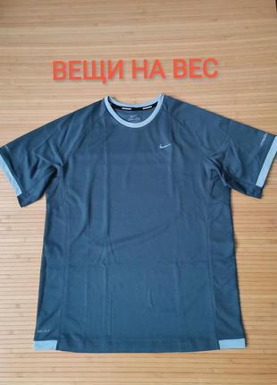 Nike легкая спортивная футболка оригинал - xl