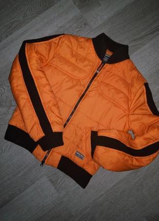 Стильная польская куртка бомбер prima vera с чёрными лампасами на рукавах
