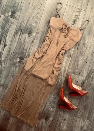 Красивое стильное блестящие платье