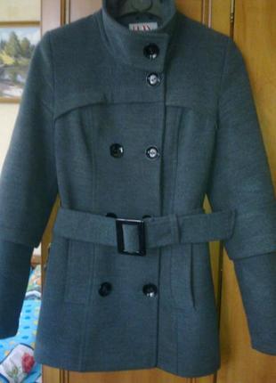 Демисезонное пальто р 42 - 44