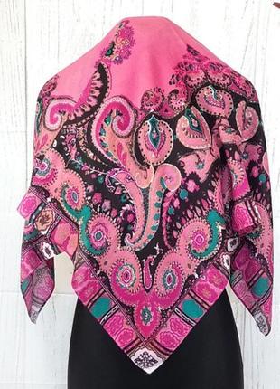 Платок розовый шерсть
