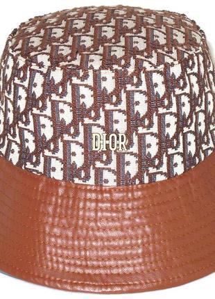 Стильная коричневая панама.