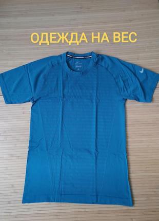 Nike dri fit беговая брендовая футболка - s