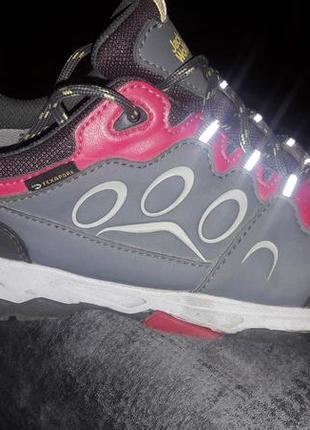 Трекинговые ботинки jack wolfskin