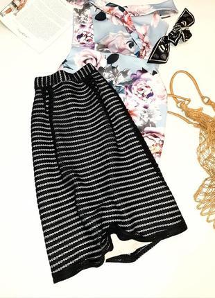Стилтная миди юбка на подкладке