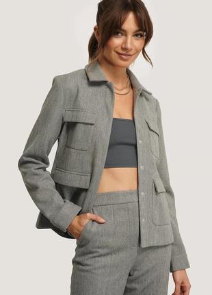 🌿 актуальный пиджак с карманами от na-kd
