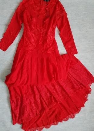 Шикарное шелковистое красное вечернее, выпускное платье с кружевом nothing but love.