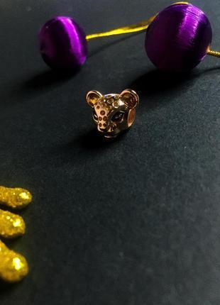 Шарм на браслет львица лев леопард камушки пандора серебро проба 925