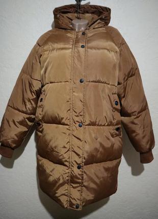 Классная обьемная теплая куртка типа пуховик размер xl