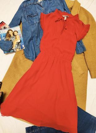 H&m платье красное классическое на подкладке миди плиссированное в горошек