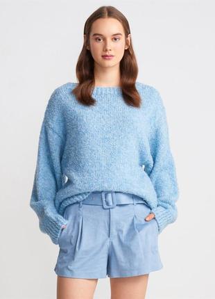 Блакитний светр , голубой свитер dilvin