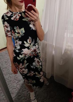 Шикарное платье миди в цветочный принт от zara