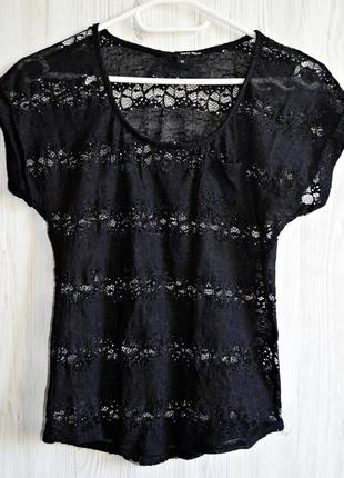 Шикарная, полностью из очень красивого кружева футболочка с кармашком фирмы tally weijl