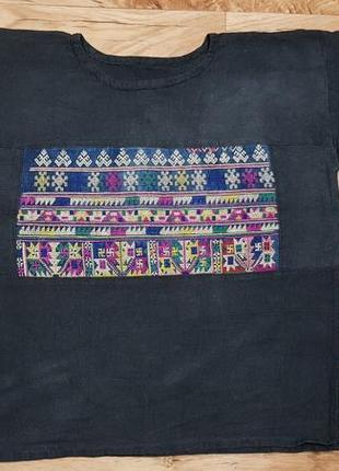 Женская рубашка с вышивкой индийскими символами. свастика. размер  l