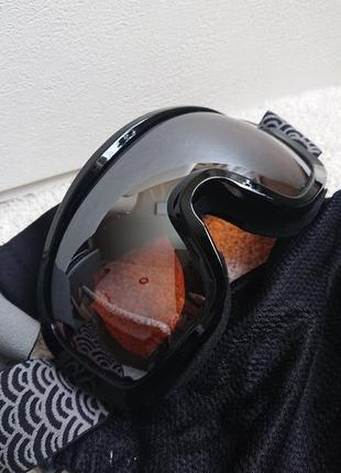 Фирменная зеркальная горнолыжная маска из германии.