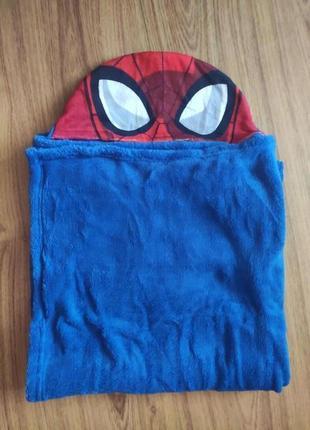 Полотенце с капюшоном человек паук дисней