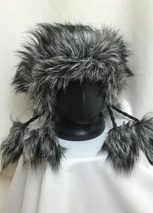 Винтажный стиль,шапка теплая,в составе шерсть на флисе,вязаная, ручная работа