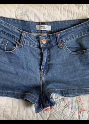 Джинсовые мини-шорты