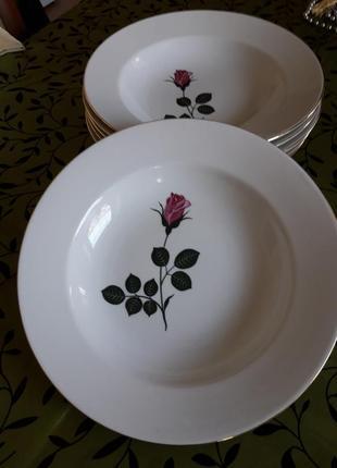 Набор элегантные тарелки немецкого премиум класса kahla ,антикварная вещь