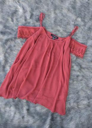 Блуза кофточка на бретелях с вырезами на плечах atmosphere