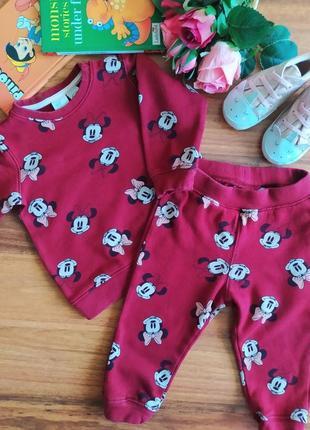 Модный прогулочный костюм для малышки h&m на 9-12 месяцев.