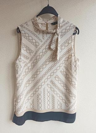 Элегантная бежевая блуза / принт цепи