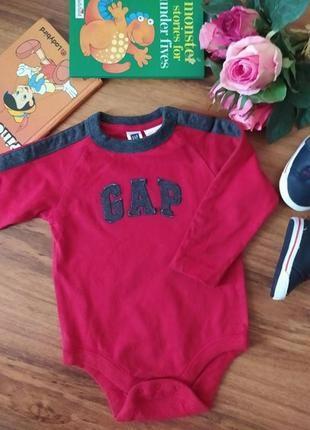 Модный бодик, ромпер на малыша gap на 9-12 месяцев.