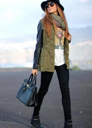 Куртка ветровка с рукавами с эко кожи