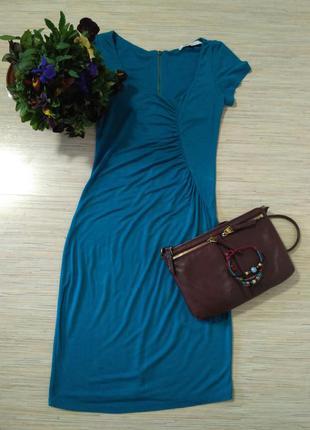 Силуэтное платье цвета морской волны bershka