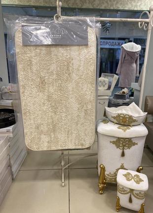 Распродажа !!по супер цене ,набор  ковриков в ванную комнату