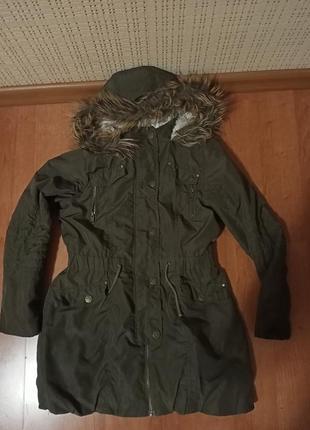 Куртка-парка на девочку 9-10 лет.