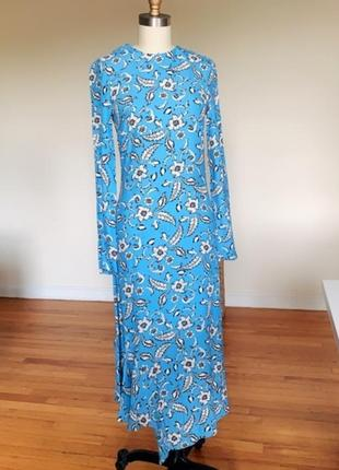 Стильное платье h&m в цветочный принт.