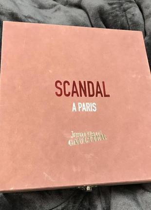 Подарочная коробка зеркало оригинал jean paul gaultier розовая велюровая плюшевая