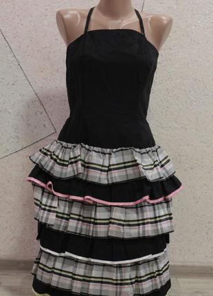 Поделиться:  красивое платье с перфорацией. размер 36-40