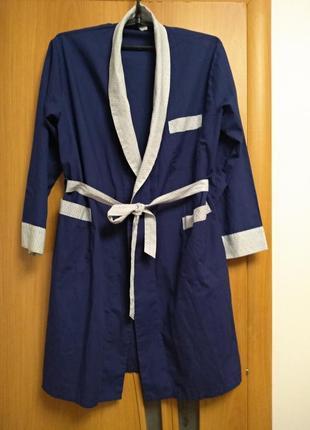 Хорошенький комбинированный халат с карманами. размер 14-16-18