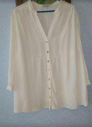 Очаровательная блуза молочно-белого цвета