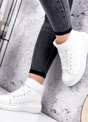 Ботинки кроссовки женские белые черные деми внутри байка 36-41
