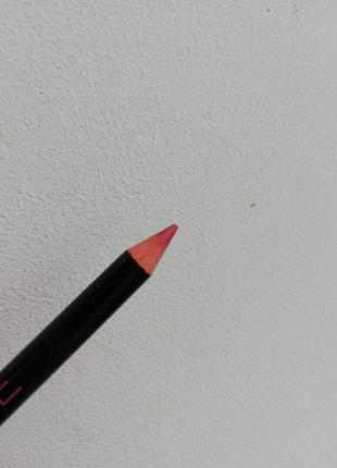 Контурный карандаш для губ мисс утонченность фаберлик ягодный мусс - арт 4594 faberlic