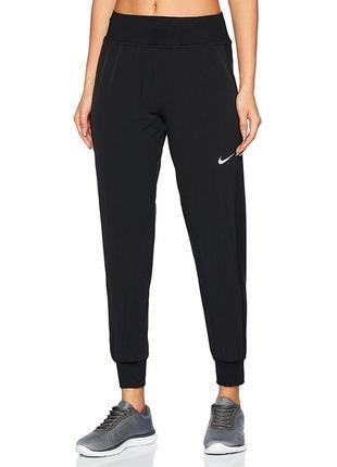 Женские спортивные штаны nike черные спортивки для бега найк adidas