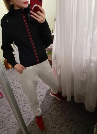 Шикарная спортивная куртка, мастерка, олимпийка fila