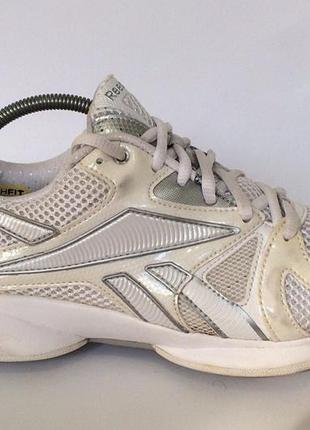 Спортивные кроссовки reebok easytone кросовки