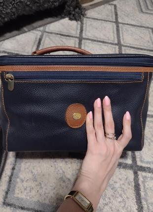 Итальянский кейс чемоданчик кожаный для мейкап мастера
