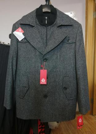 Тёплое деми сезонное пальто san's house 56 р-р
