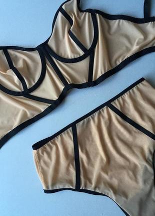 Комплект нижнего белья бюстье + трусики