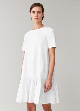 Невероятное объемное белоснежное платье оригнал от бренда cos