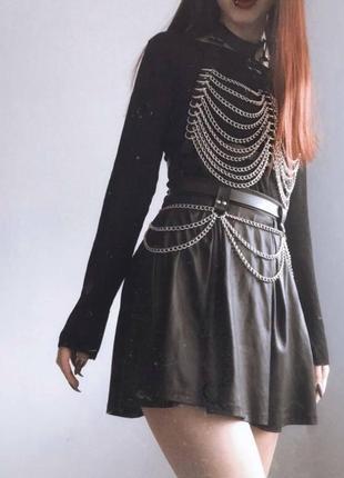 Портупея и юбка с цепочками комплект