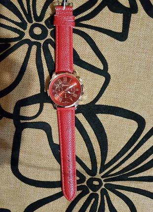 Ярко-красные наручные часы