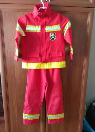 Костюм пожежника на 5-6 років,ріст 116см,груди 60см,талія 56см.